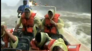 preview picture of video 'A Jet Boat Ride Under Iguassu Falls'