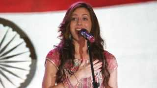 Natalie Di Luccio sings the Indian National Anthem (Jana Gana Mana)