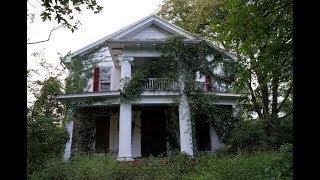 #113 Abandoned 1800s Southern Plantation/mansion!  - CREEPY SOMETHING INSIDE!