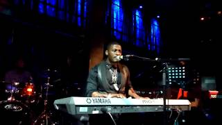 06, Timothy Bloom, Underneath My Skin, At The Jazz Cafe, (London), 23 - 01 - 15