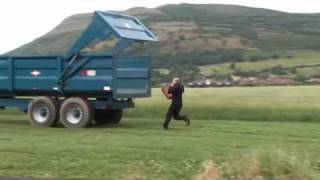 Danny Bhoy Visitors Guide to Scotland Video