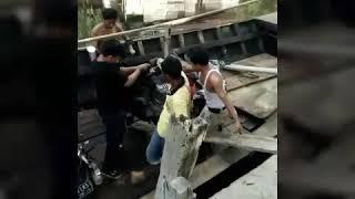 preview picture of video 'Trip Ke Pantai Tengkuyung Kuburaya, Kalimantan Barat'