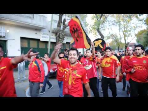 La llegada de los hinchas Hispanos a La Bombonera