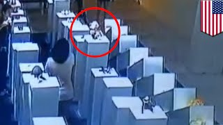 Selfie fail: Woman destroys $200K worth of art while attempting to take a selfie - TomoNews