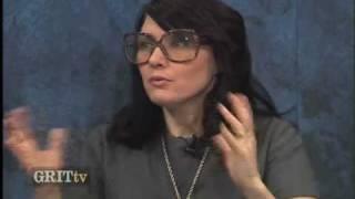 GRITtv: Kathleen Hanna: Zines and Blogging