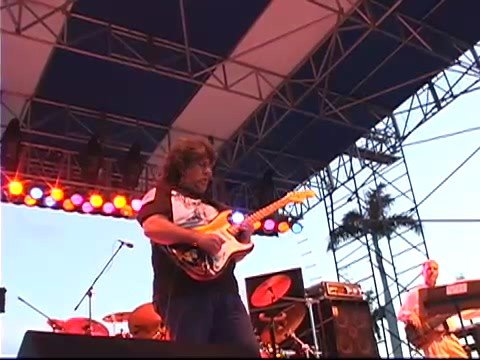 "Frank Axtell ""Live Guitar Solo"" Sunfest 2005"