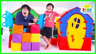 Ryan Pretend Play with Playhouses for Children!
