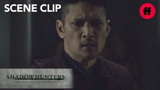 Shadowhunters | Season 3, Episode 10: Magnus' Dramatic Entrance | Freeform