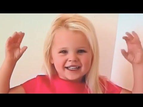 JoJo Siwa as a Baby - WARNING: SUPER CUTE!