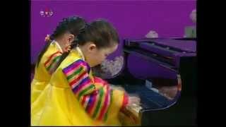 "[Piano] ""My Country is the Best"" (Ri Jin Ok, Kim Ran Hui) {DPRK Music}"