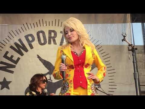 "Dolly Parton and the HighWomen ""Jolene"" Live at Newport Folk Festival, July 27, 2019"
