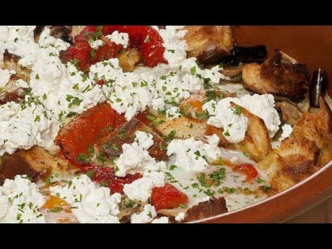 Cazuela de champiñones y huevos - Bruno Oteiza