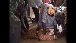 preview picture of video 'Délivrance à Ouagadougou, Burkina Faso (2004).mpg'