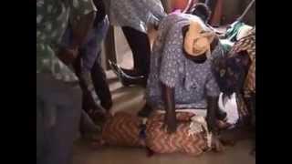 preview picture of video 'Délivrance à Ouagadougou, Burkina Faso (2004).mpg'