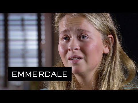 Emmerdale - Liv Breaks down to Aaron, Unable to Cope with the Thought of Losing Him