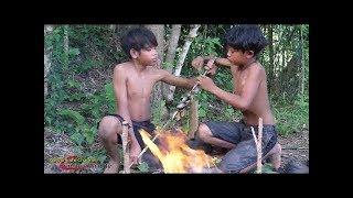 Cậu bé rừng xanh : Bắt rắn khổng lồ hoang dã nấu ăn cực ngon