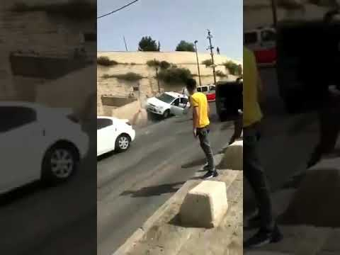 بالفيديو.. إسرائيلي يدهس فلسطينيين بمركبته قرب المسجد الأقصى