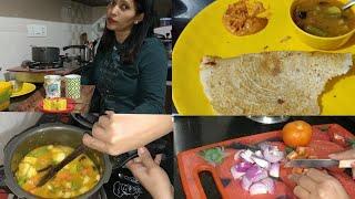 INDIAN MOM SUNDAY LUNCH ROUTINE/Sambar with Dosa Recipe Vlog/Indian Vlogger Manisha