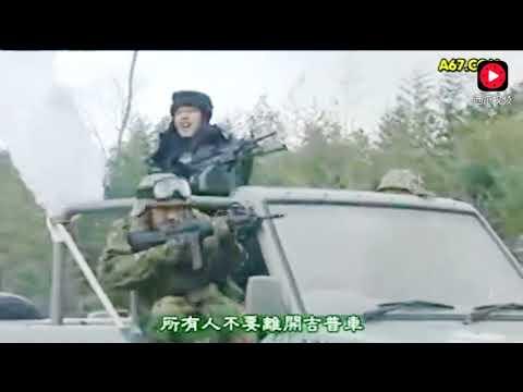 现代士兵穿越到古代,用重机枪坦克直升机,对付拿大刀的骑兵!