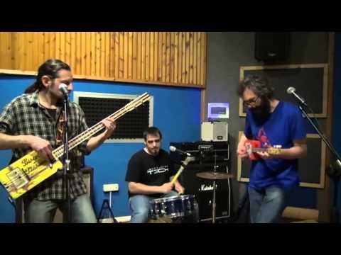 PMS Pochi Maledetti & Subito Rock'n'roll autocostruito Torino musiqua.it