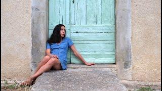 Toan & Olivia Ruiz - Les Couleurs Du Village