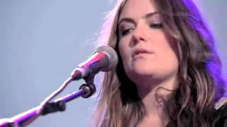"The Gorgeous Julia Stone - ""For You"" Live Performance (Syndey NSW)"