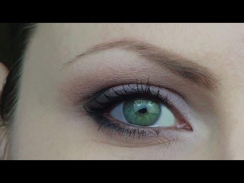 Allergico ha gonfiato un secolo di occhi