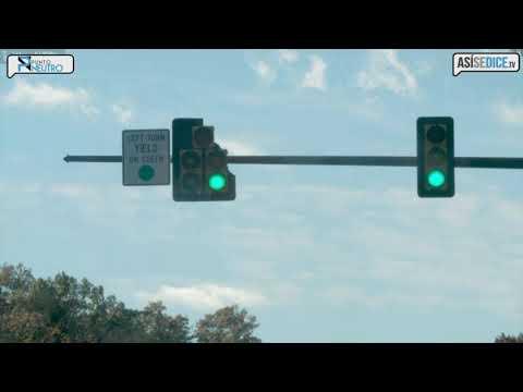 Vehículos de Audi comparten información con semáforos