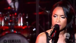 Jennifer Hudson- I Remember Me LIVE @ AOL SESSIONS