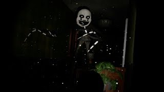 SOMETHING TERRIFYING IS HIDING UNDER MY BED | Five Nights At Freddy's VR: Help Wanted PART 9