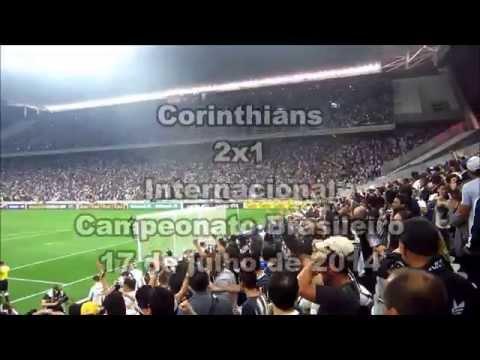 Veja a emoção da Fiel na 1ª vitória do Timão na Arena Corinthians!