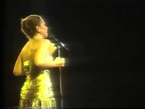Festival de Viña 1986, Paloma San Basilio, No llores por mi Argentina