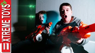 Extreme Toys TV Classics  Alien Invasion Mystery! Funny Family Video Compilation