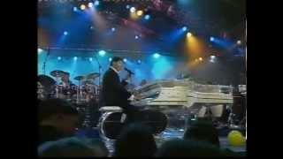 Musik-Video-Miniaturansicht zu Ich war noch niemals in New York Songtext von Udo Jürgens