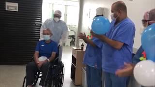 Coronavírus - Paciente idoso é curado da doença e tem alta após passar 11 dias internado