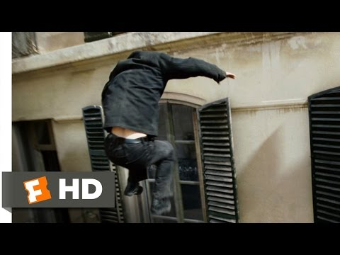 Window Leap, The Bourne Ultimatum (2007)