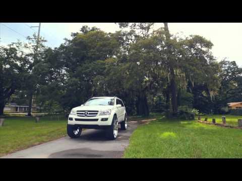 "Amani Forged Wheels | Mercedes GL450 on 32"" Vornado's"