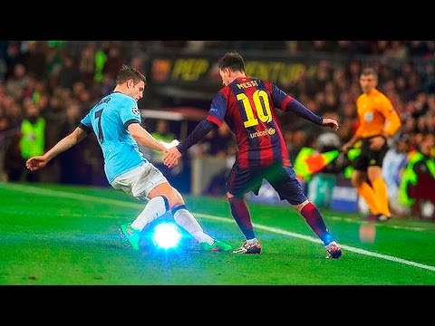 Amazing Nutmeg/Panna Skills ● Football