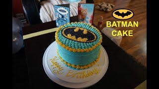 HOW TO DECORATE A BATMAN CAKE | Summer 2017