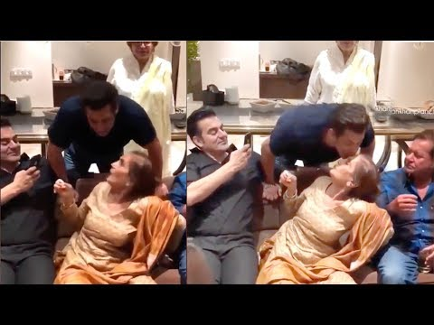 Salman Khan's Sweetest Moment Celebrating Mom Salma Khan's 73rd Birthday Party 2018 With Family