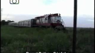 preview picture of video 'Tren local de FeMed en Manfredi'