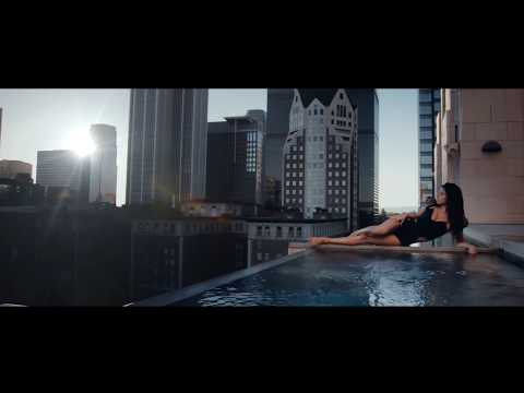 Barbara Muñoz - Dancing In The Sun (Official Video)
