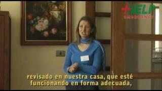 Seguridad en el hogar:precauciones con los enchufes  www.facemama.com