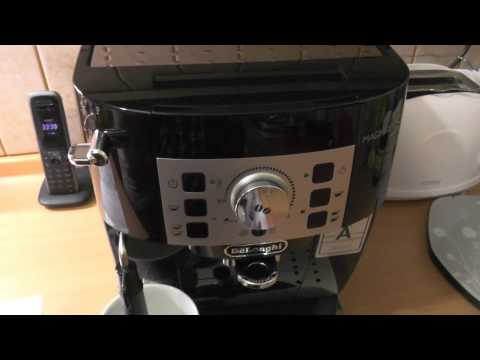 DeLonghi Magnifica S ECAM 22.110 coffee maker unboxing and initial setup