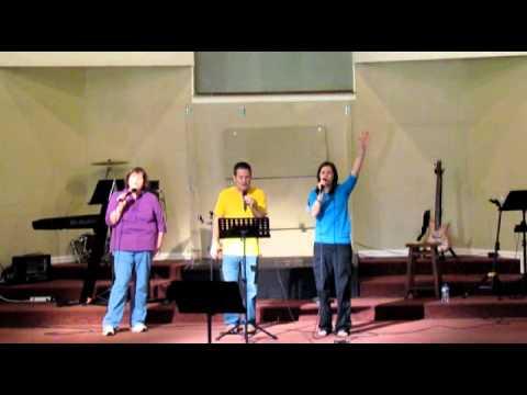1st Assembly of God Vintage Faith Sept 25,2013 praise pt1