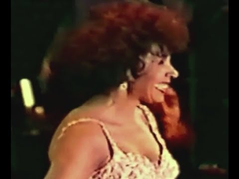 Shirley Bassey - You Never Done It Like That (1990 Live in Yokohama)