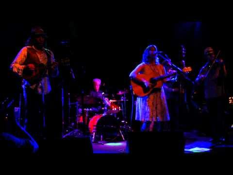 Alison Harris and The Barn Owls - Train Hopper