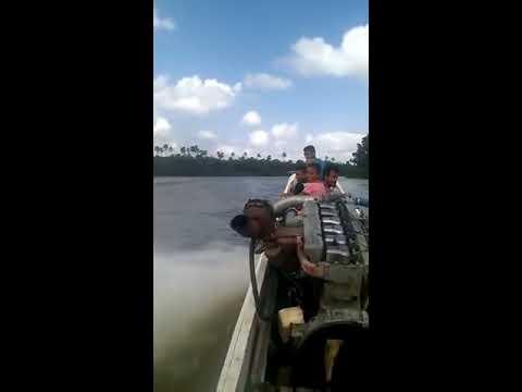 Barco Com Motor de Caminhão só Faltou Levantar Voo.