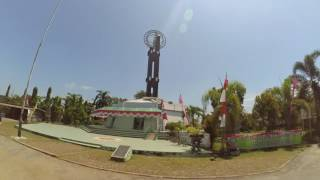 preview picture of video 'Pontianak With Equator Tower'