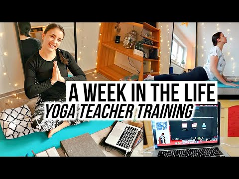 WEEK IN THE LIFE: Online Yoga Teacher Training 🧘🏽♀️✨💻